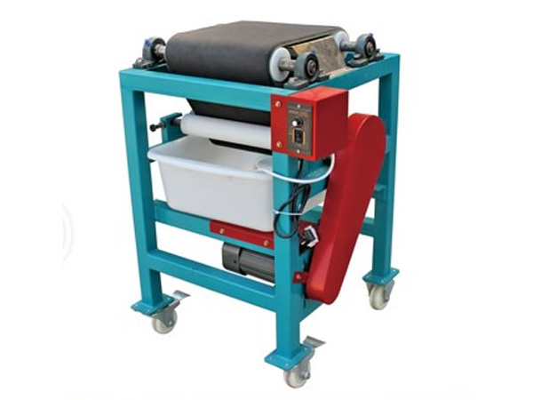 automatic-bottom-wiping-machine