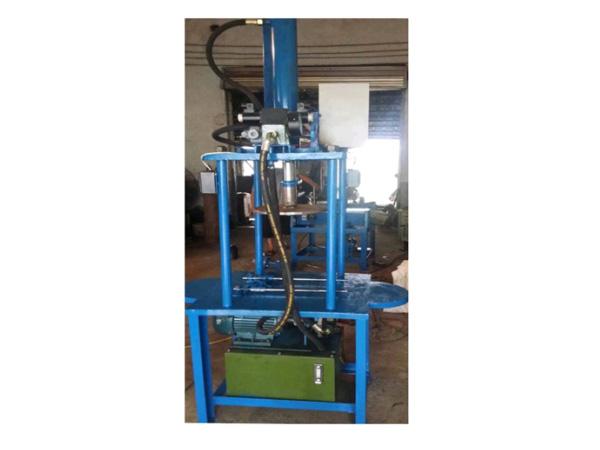 suspension-insulator-hydraulic-press